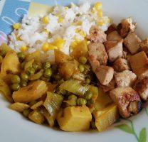 תבשיל אפונה וארטישוק, קוביות טופו מוקפצות ואורז עם תירס
