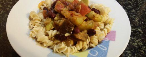 תבשיל שעועית אדומה, חציל וקישוא