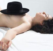 זהירות מטיפולים הכוללים מין